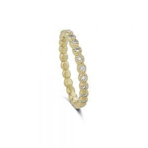 טבעת זהב צהוב ויהלומים