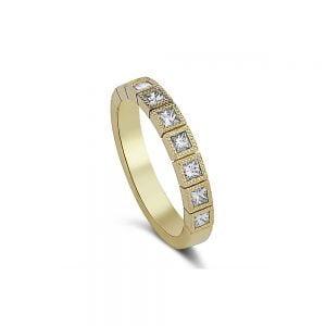 טבעת זהב ויהלומים בחיתוך פרינסס