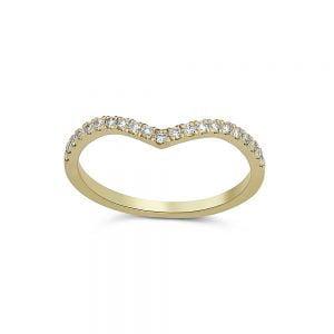טבעת זהב V משובצת יהלומים