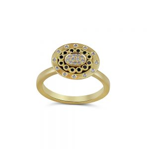 טבעת זהב 18k משובצת יהלומים